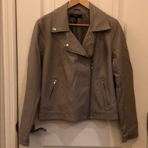 Forever 21 faux leather jacket. Size M